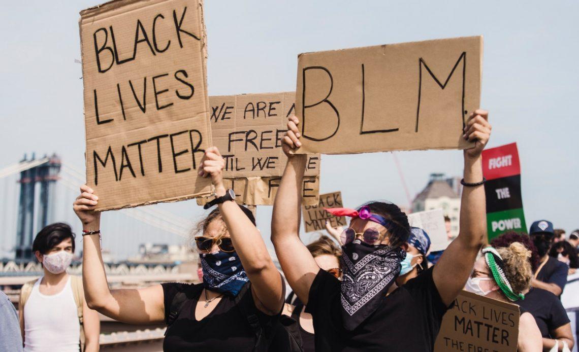Manifestation Black Lives Matter et communication