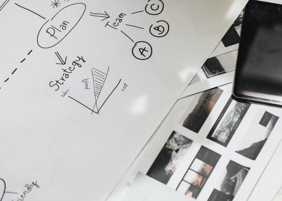 Une formation en management peut permettre de monter en compétences pour prétendre à de nouvelles missions professionnelles stratégiques.
