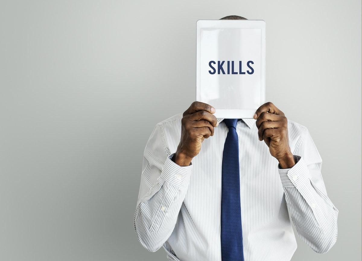 Il y a quelques années, certains recruteurs se sont aperçus de l'utilité des soft skills au quotidien dans une entreprise. Pourtant, c'est la crise qui a démontré leur importance dans la gestion de situations complexes.